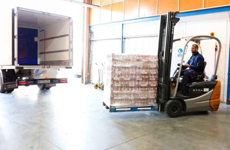 ¿Cómo es el transporte de alimentos a temperatura regulada?